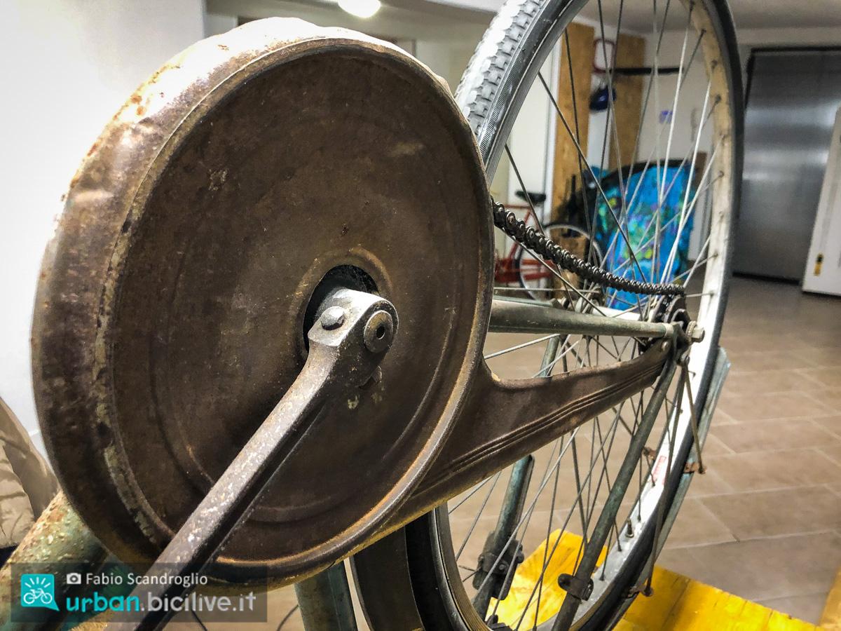 foto del carter della bici da uomo