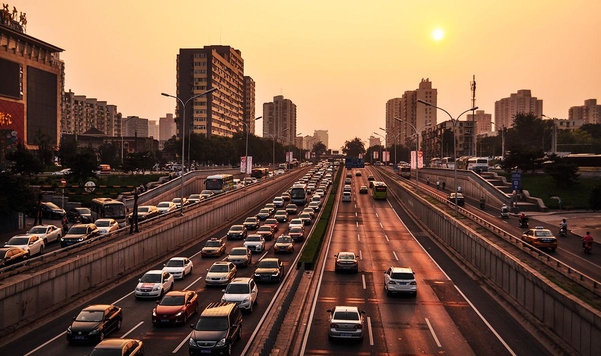 Il traffico che aumenta sulle strade dopo il coronavirus