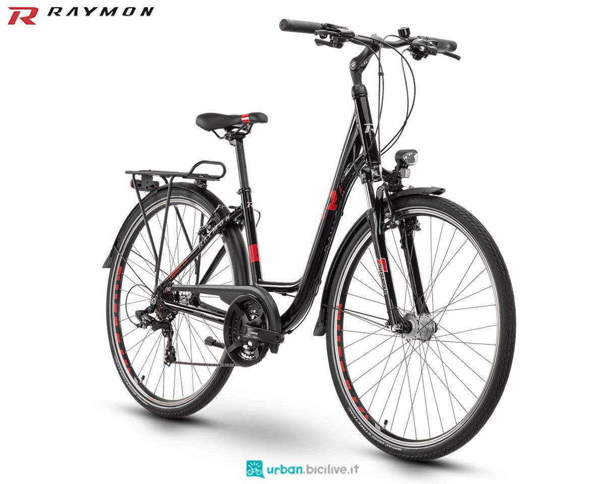 Una bici R Raymon da Trekking TourRay 1.0 2020 Wave