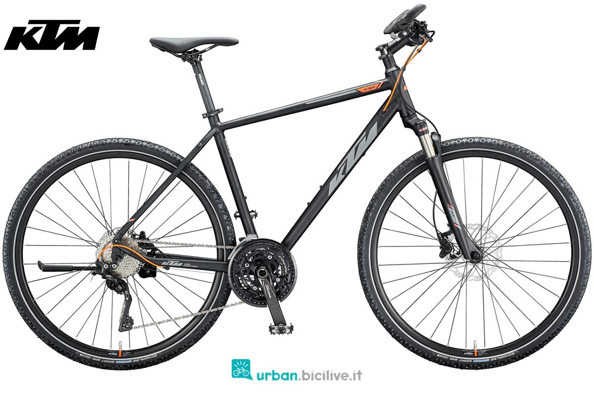 Una bicicletta per il trekking su sterrato KTM Life Action dalla gamma 2020