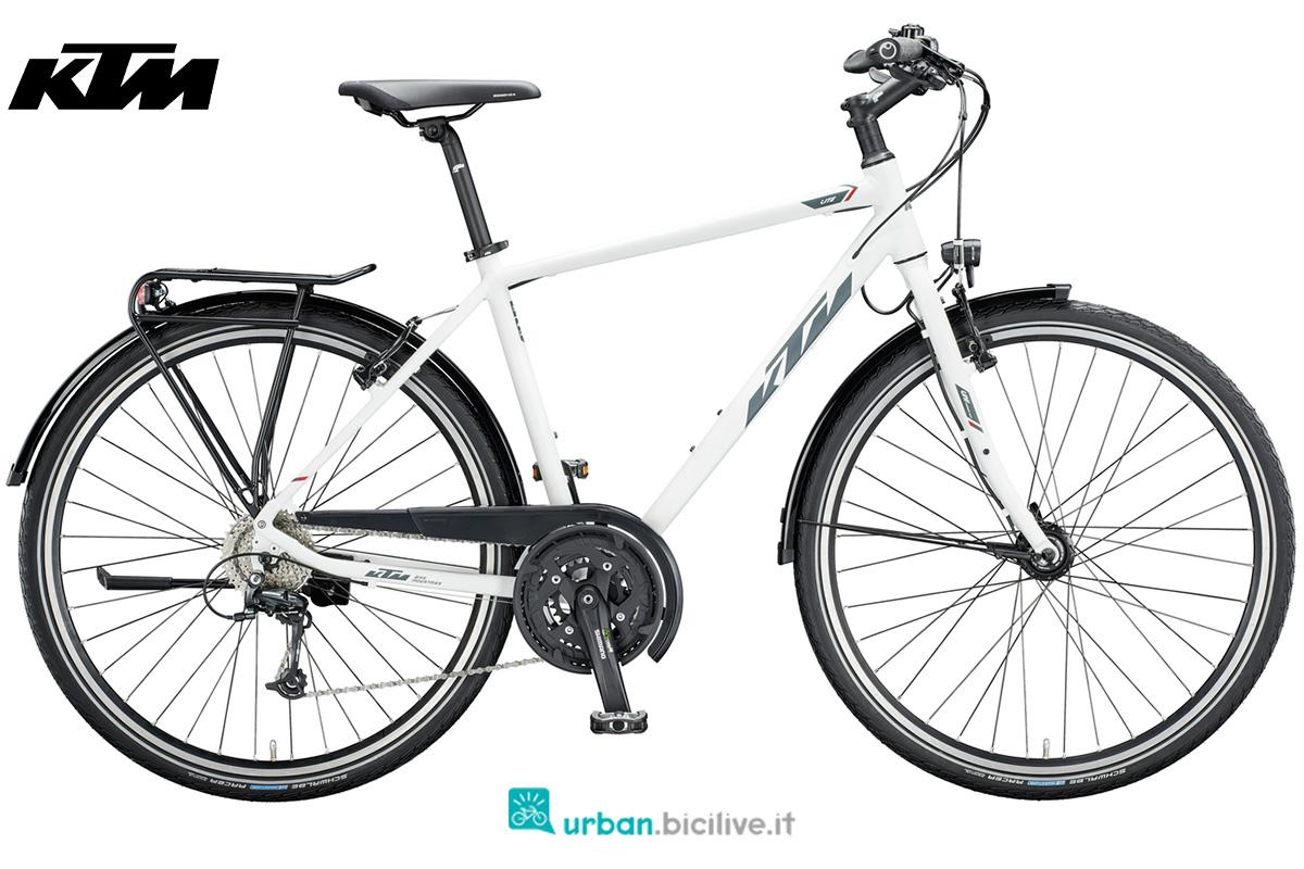 Una bici da cicloturismo KTM Life Lite gamma 2020