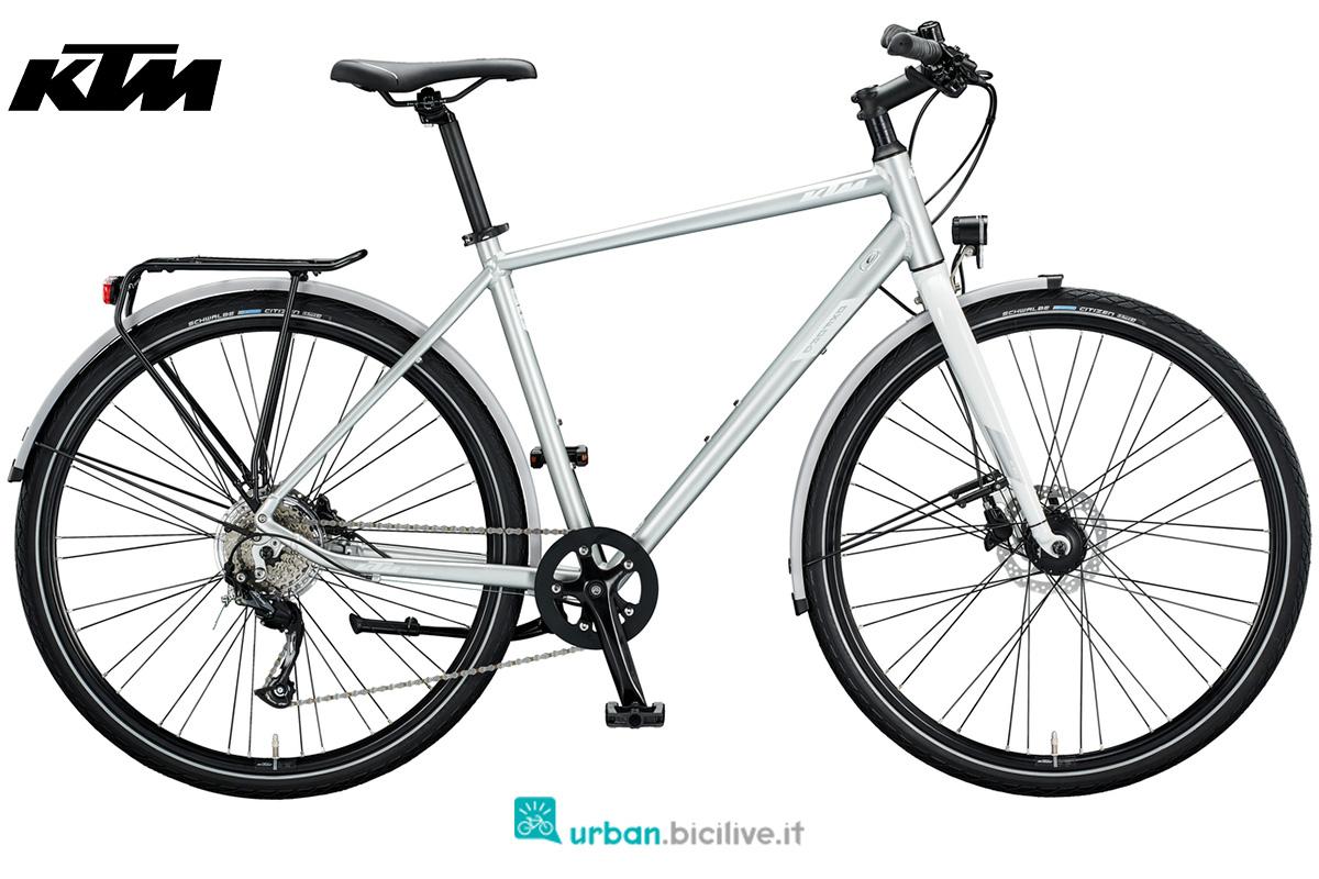 Una bici per uso cittadino KTM Oxford gamma 2020