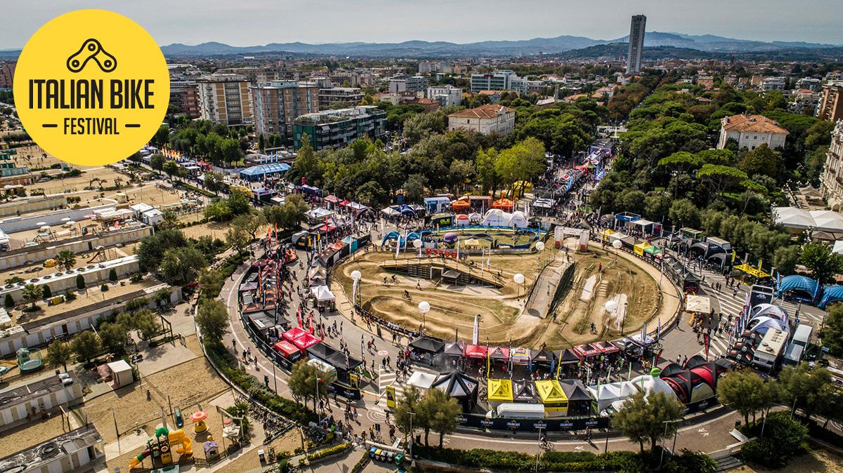 L'area espositiva dell'Italian Bike Festival di Rimini vista dall'alto
