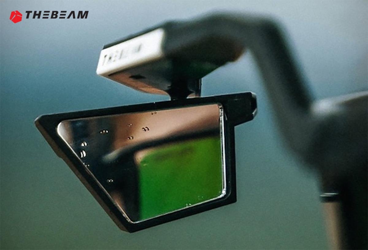 Dettaglio del nuovo specchietto retrovisore per occhiali The Beam Corky X 2021