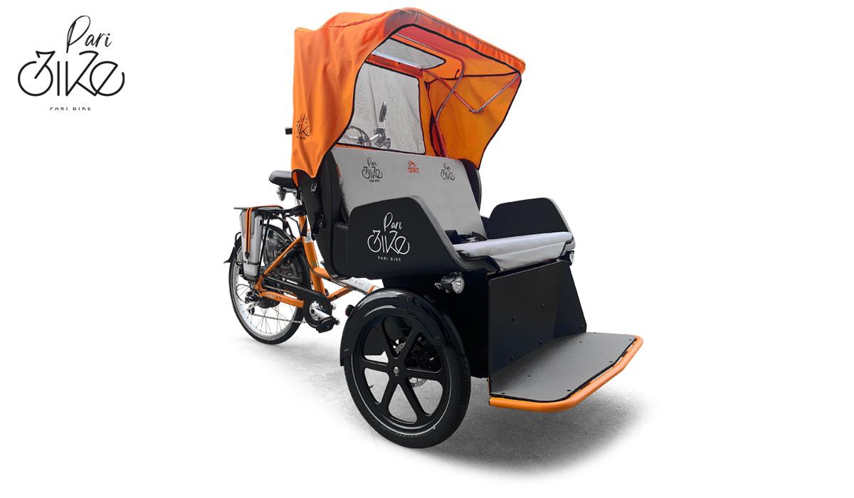 Una cargobike Paribike usata a Treviso per trasportare gli anziani