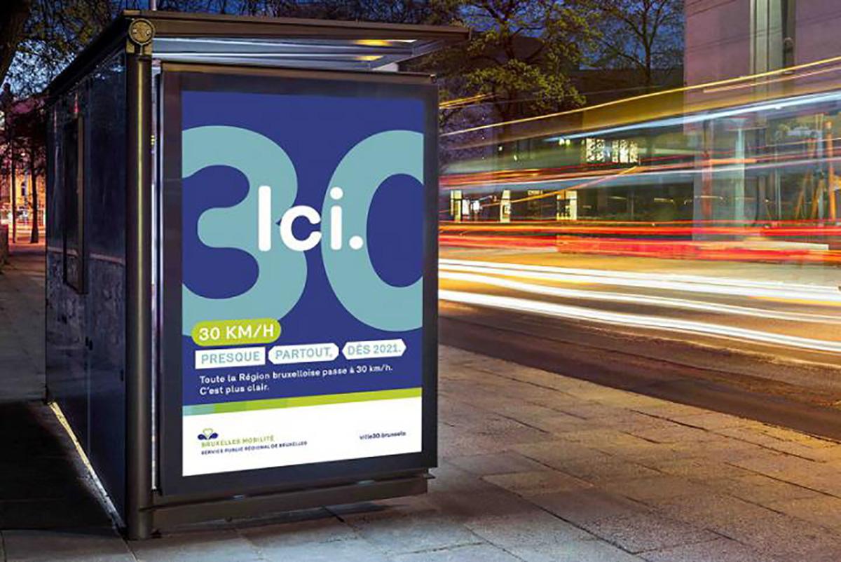 Un poster della campagna di sicurezza stradale per le strade di Bruxelles